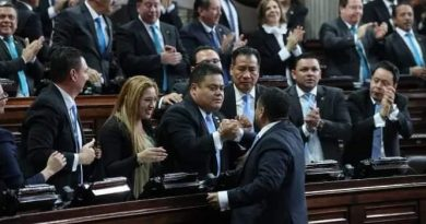 De estos beneficios GOZAN los Diputados de Guatemala