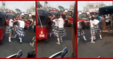 Alumnas se dan a golpes por el amor de un piloto de TUC-TUC