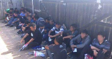 Atraparon a mas de 50 migrantes hondureños cruzando la frontera con Guatemala