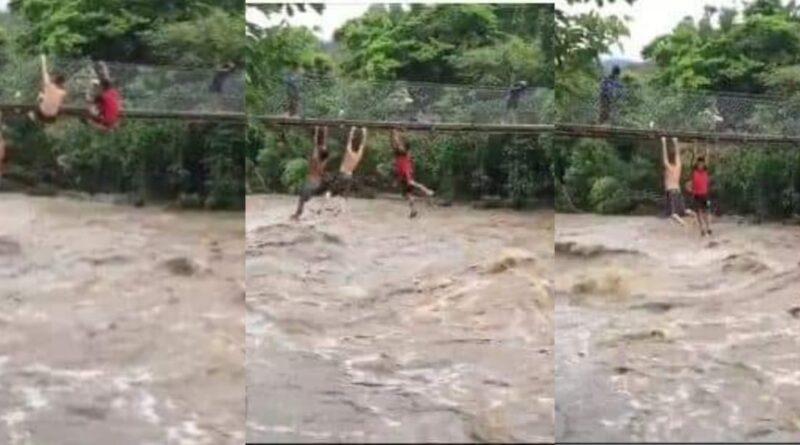 3 jóvenes se lanzan al rio crecido por tormenta Amanda en Chiquimula