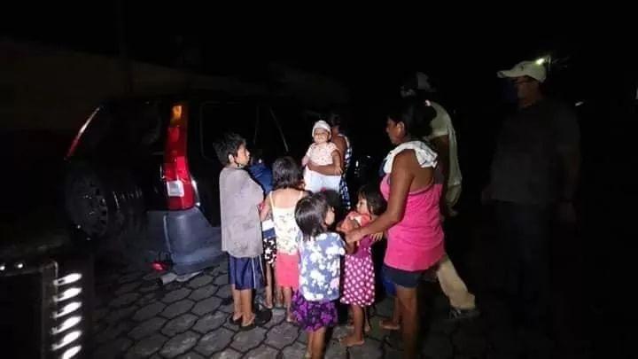 Desalojan a Madre con 8 hijos por ingresar datos del BONO FAMILIAR