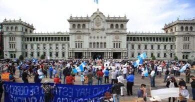 Presidente Giammattei ordena la captura de todos los que asistan a manifestaciones