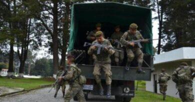 Militares están llevando a cabo cateos en las propiedades de Jimmy Morales